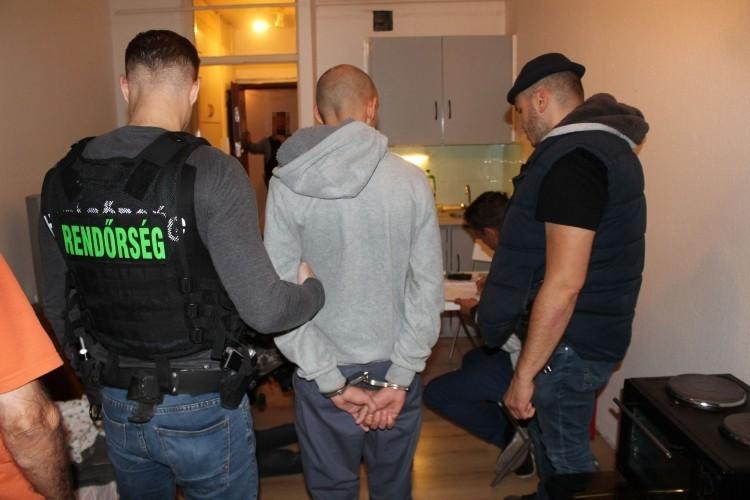 Debrecenben folytatódik a nyíregyházi késes balek ügye