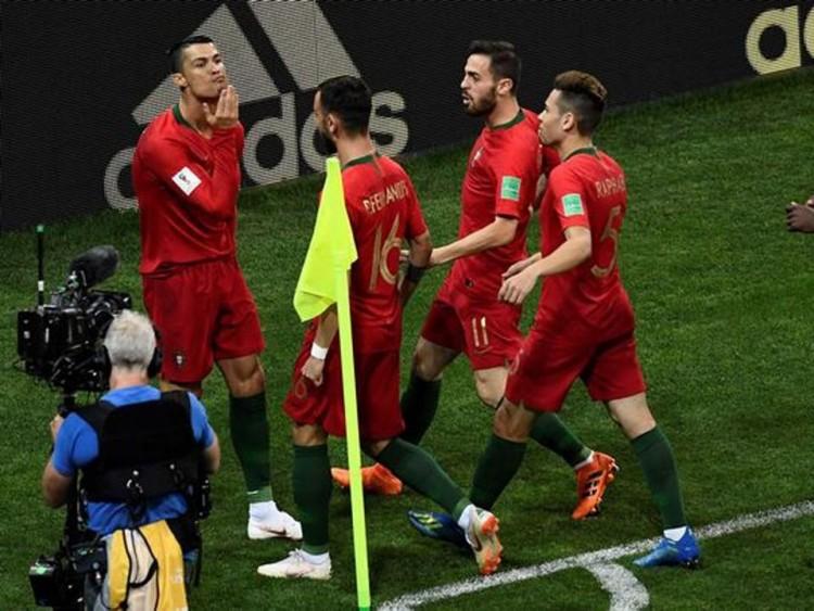 Messinek üzent így Ronaldo?