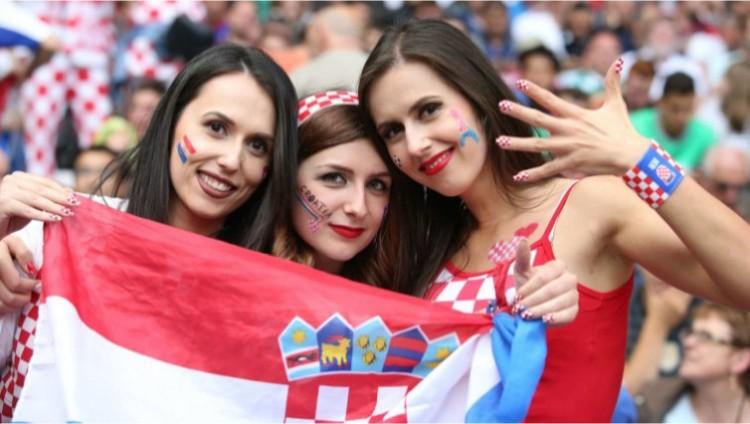 Horvátokat Magyarországnak!