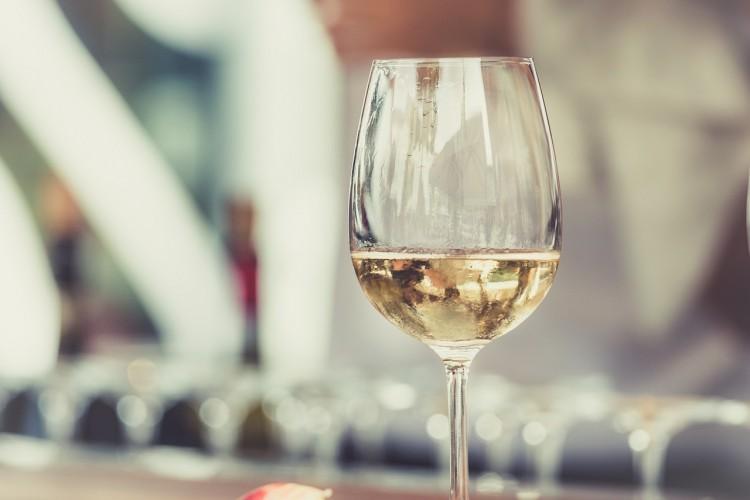 Jó zenékkel fűszerezik a bort a víztoronyban