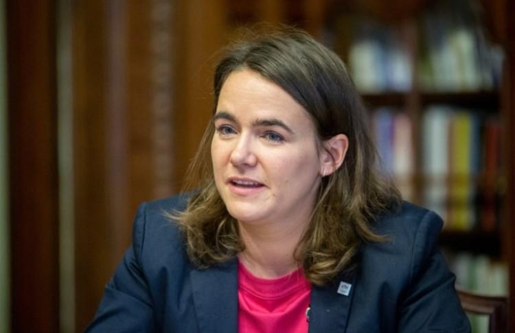 Novák Katalin köszöni a meghívást, de nem megy el a melegfelvonulásra