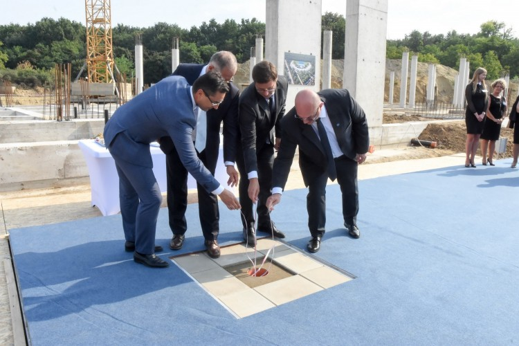Történelmi iskolaalapítás Debrecenben + KÉPGALÉRIA!