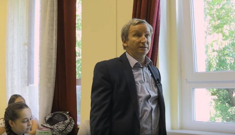 Petíciót indítottak, hogy Rózsavölgyi Gábor maradjon az Ady igazgatója