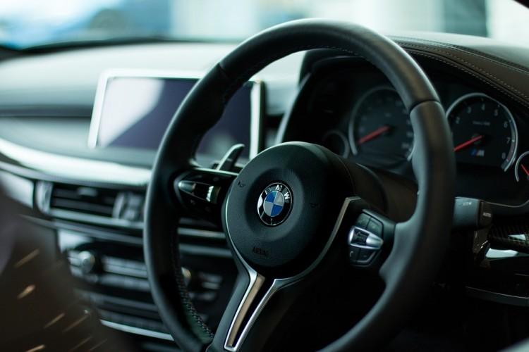 Bejelentették, ki felel a komplett debreceni BMW-beruházásért
