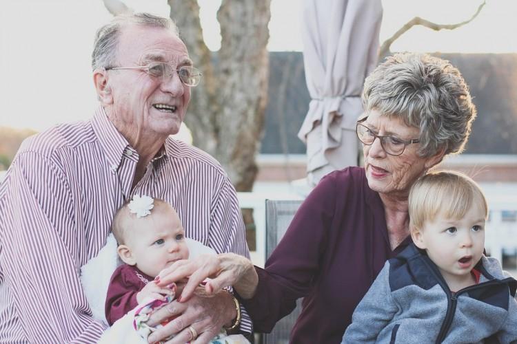 Ősszel is kapnak prémiumot a nyugdíjasok, ha...