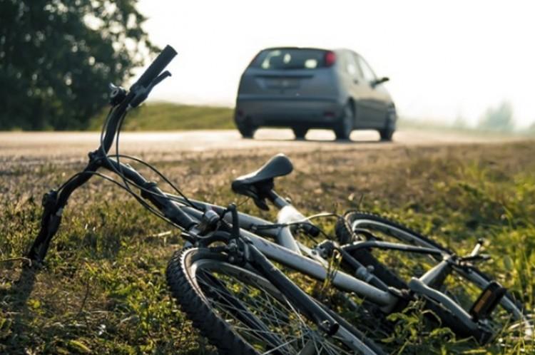 Halálra gázolt egy biciklist. Egy napot sem kell ülnie!