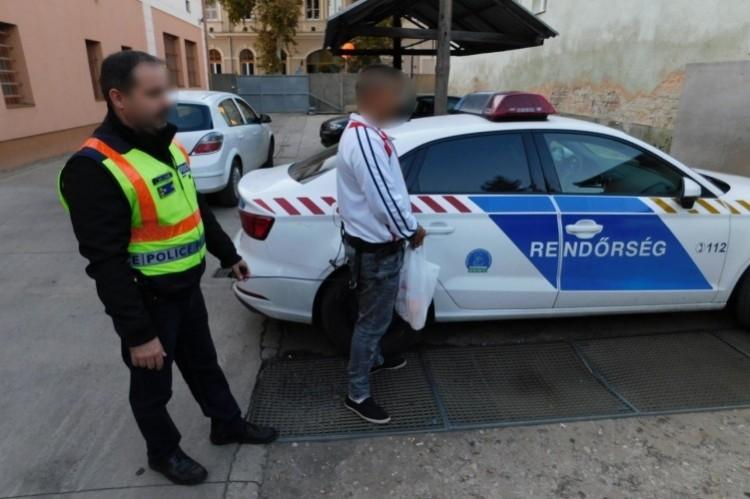 Hajdúböszörményi drogdílerre csaptak le a rendőrök