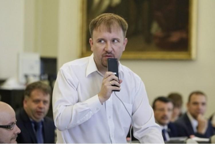 Kőszeghy: szégyellhetik magukat a Fidesz debreceni országgyűlési képviselői