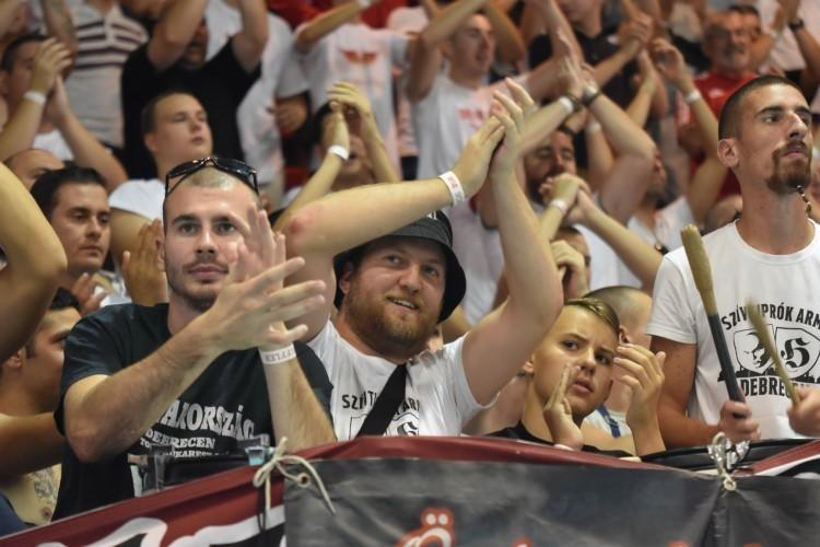 Zúgjon a Hajrá, Debrecen! Rendkívüli napra ébredtünk