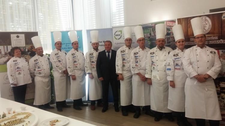 Dobogóra törnek a világbajnokságon a hajdú-bihari szakácsok