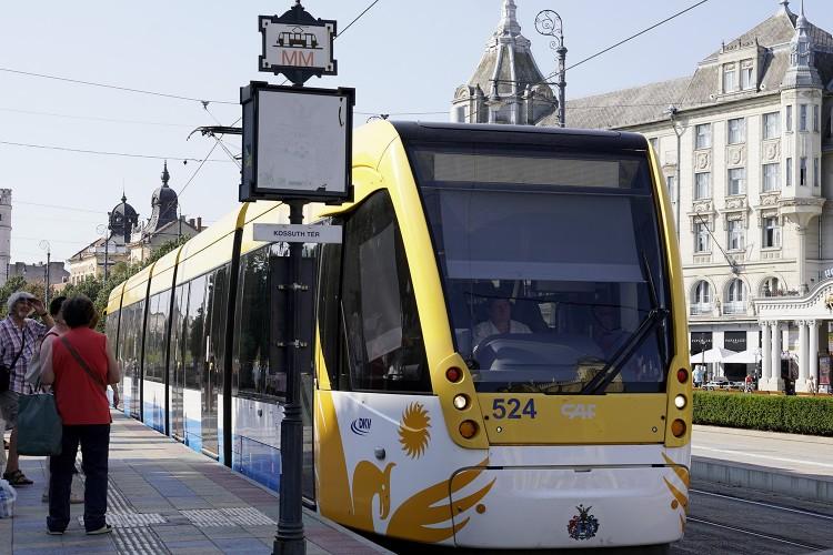 Az elátkozott villamos újabb tragédiája Debrecenben