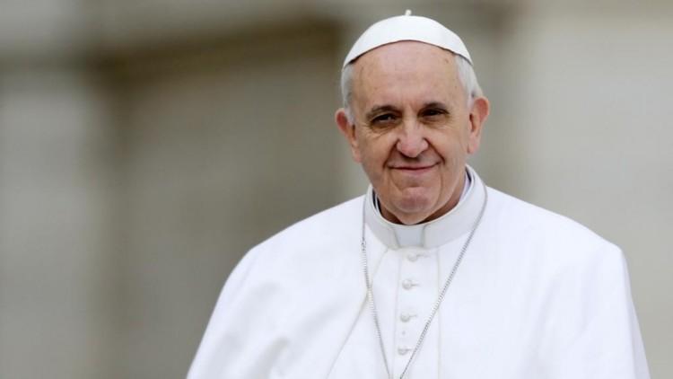 A melegségről beszélt a pápa egy interjúban