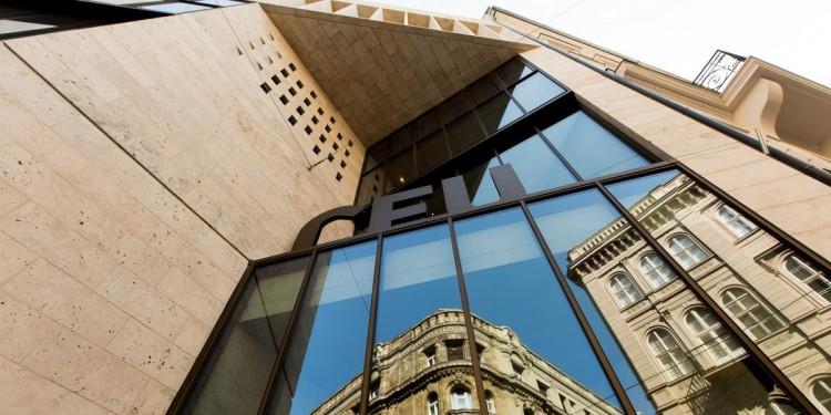 Ami a CEU lényege, az Bécsbe megy