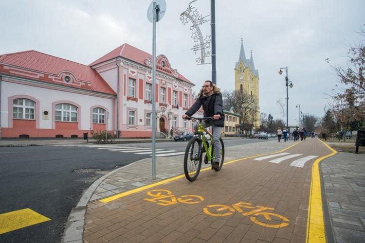 Befejezték a kerékpárút-fejlesztést Hajdúhadházon