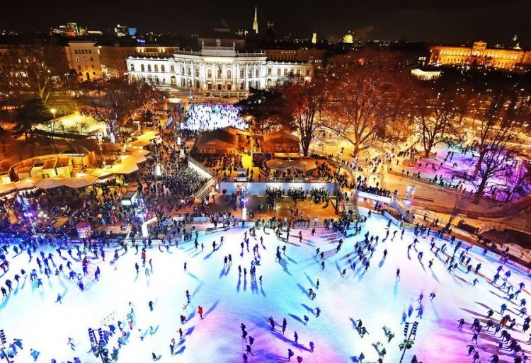 Emeletes jégpályát nyitnak Bécsben