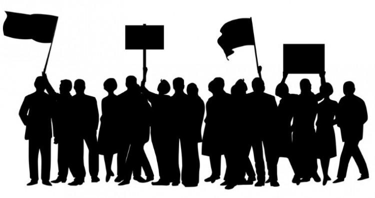 Tiltakozás Debrecenben: Kósa Lajosék törvénye ellen mozdulnak