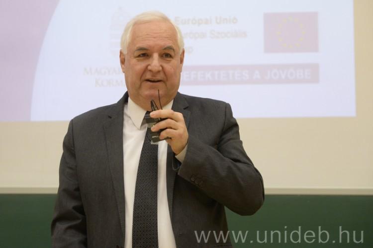 A versenyképes tudás megszerzése a cél Debrecenben