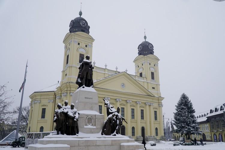 Fehérré változott a táj Debrecenben + Képgaléria