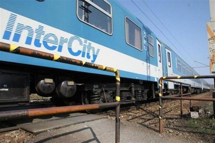 Tíz hónapig csak Hatvanig jár az InterCity Debrecenből
