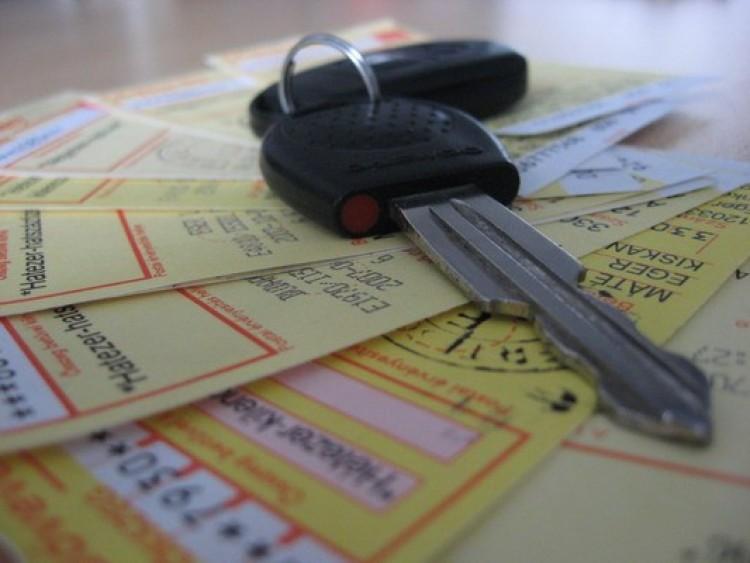 Ötvenezer forint fölé emelkedhet a kötelező biztosítás díja