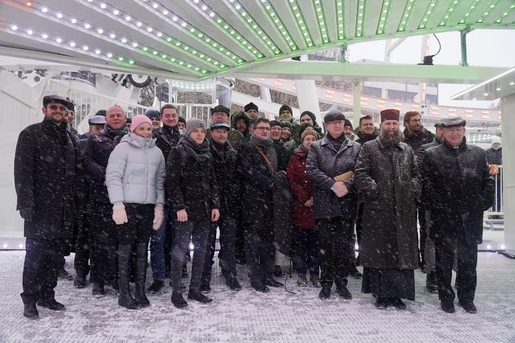 Ég és föld között szóltak be a papoknak Debrecenben