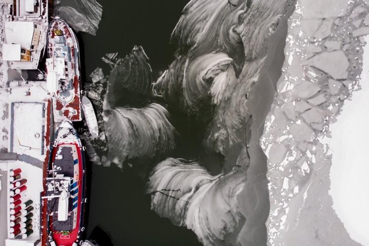 Lenyűgöző fotók a jeges Tiszáról