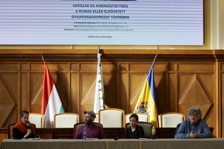 A romagyilkosságokról beszélgettek Debrecenben