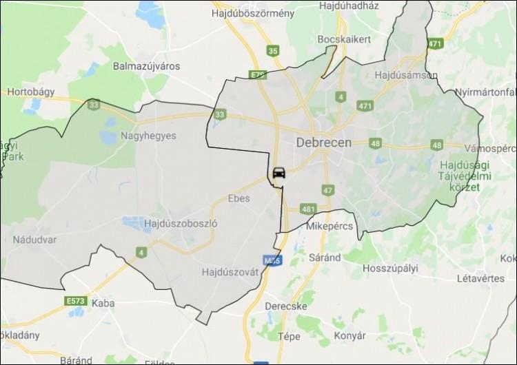 Kisbuszok karamboloztak Debrecen közelében