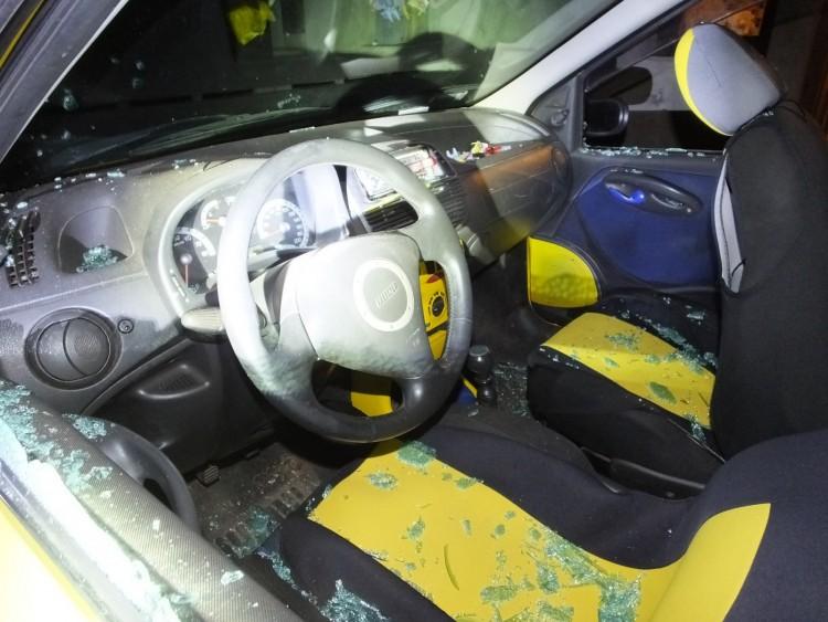 Késsel támadt húgára egy férfi Debrecenben