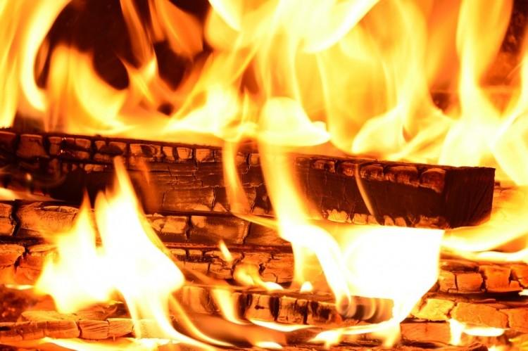 Hatalmas tűz Hajdúszovát közelében