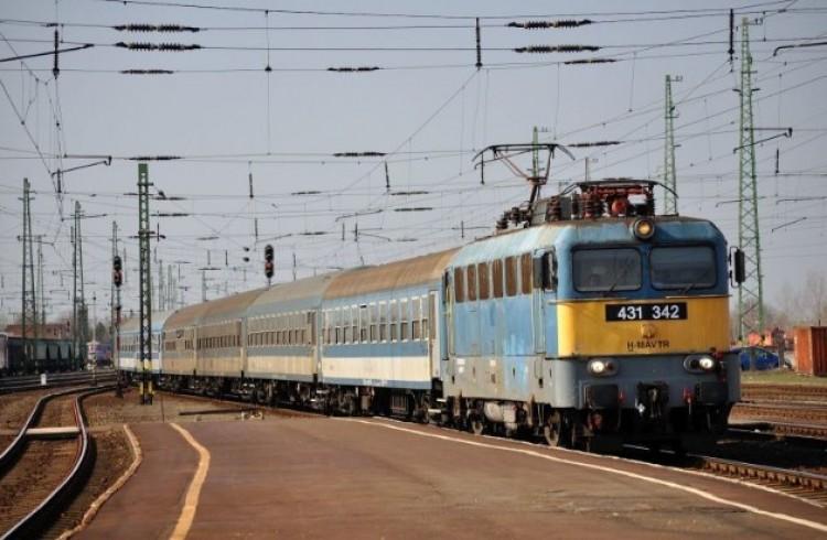 Sokat késnek a vonatok a debreceni vonalon