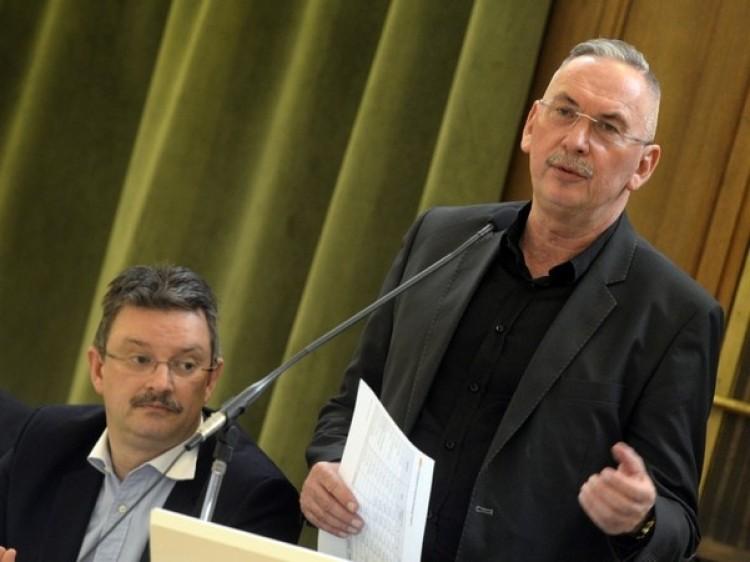 Egyetemi vezetőkről is döntött a Szenátus Debrecenben