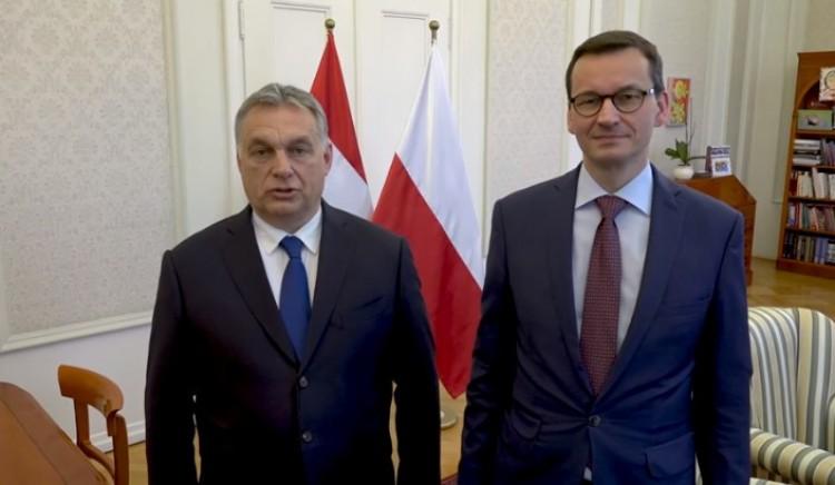 Orbán Viktor a legfőbb szövetségesével buzdít ünneplésre