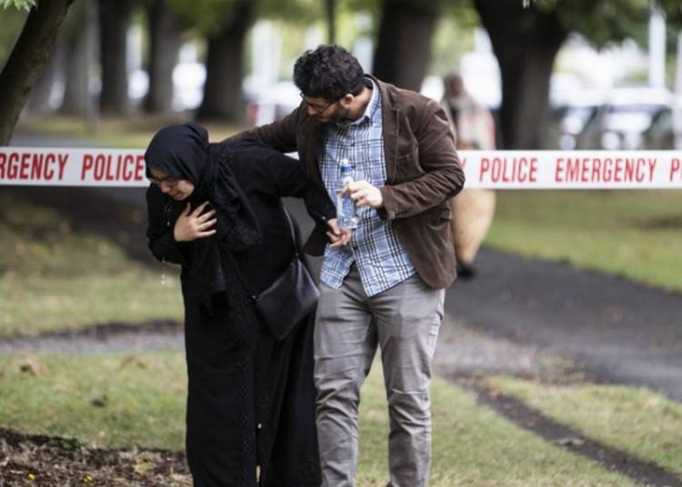 Terrortámadás Új-Zélandon: 40 embert lőttek agyon