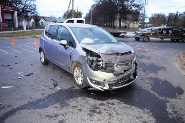 Figyelmetlenség okozta a debreceni balesetet