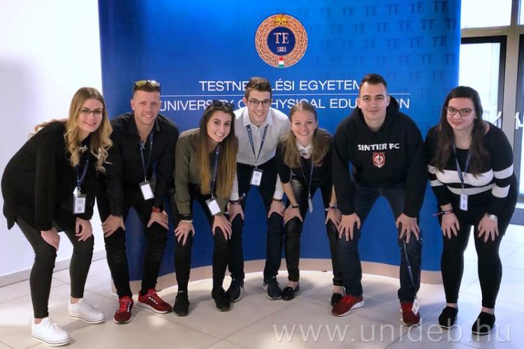 Debreceni éremeső az országos konferencián