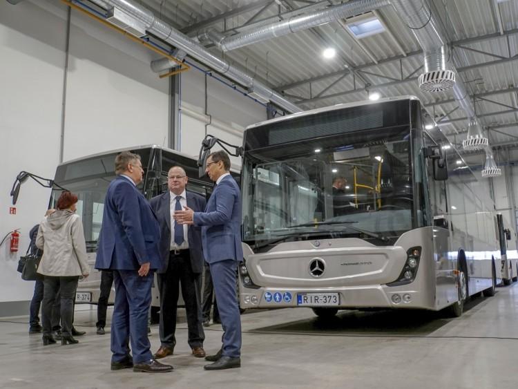 Ötven Mercedes busz készült Debrecenben más városokba