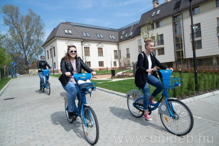 Még több közösségi biciklije és állomása van Debrecennek!