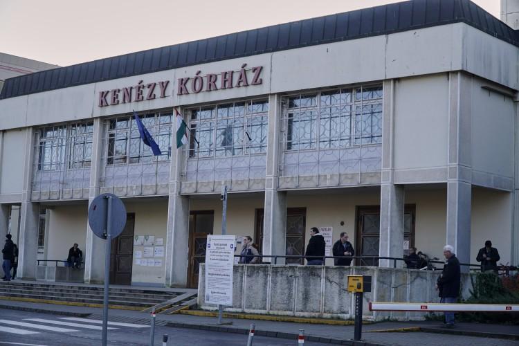 Budapesti cég zúz Debrecenben