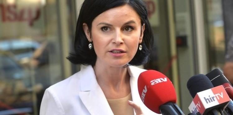 Az MSZP erős fővárosi asszonya Debrecenben kampányolt