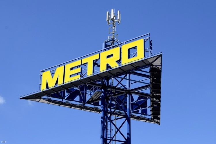 Országos sztrájkot hirdettek a Metrónál