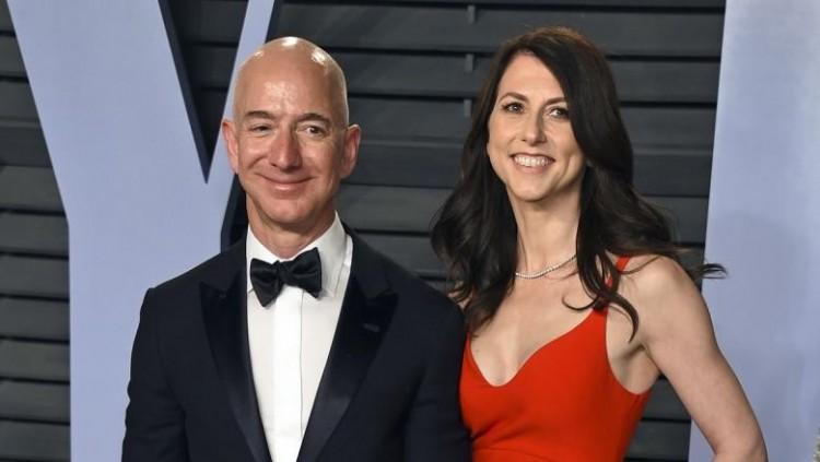 Rekordot döntött válásával az Amazon alapítója