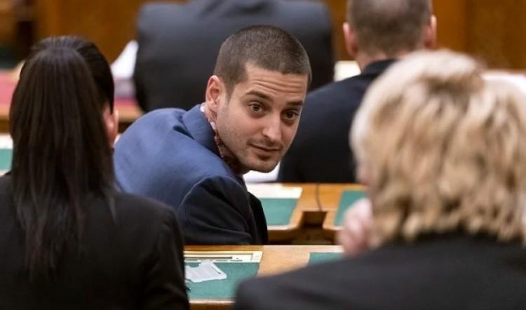 A parlamenti képviselő nyíltan beszélt arról, hogy meleg