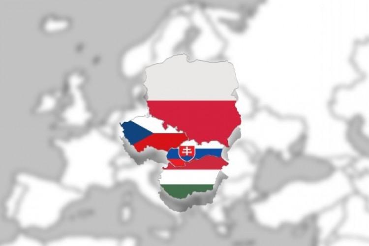 A V4-ek sokat tanulnak egymástól - így az államtitkár Debrecenben
