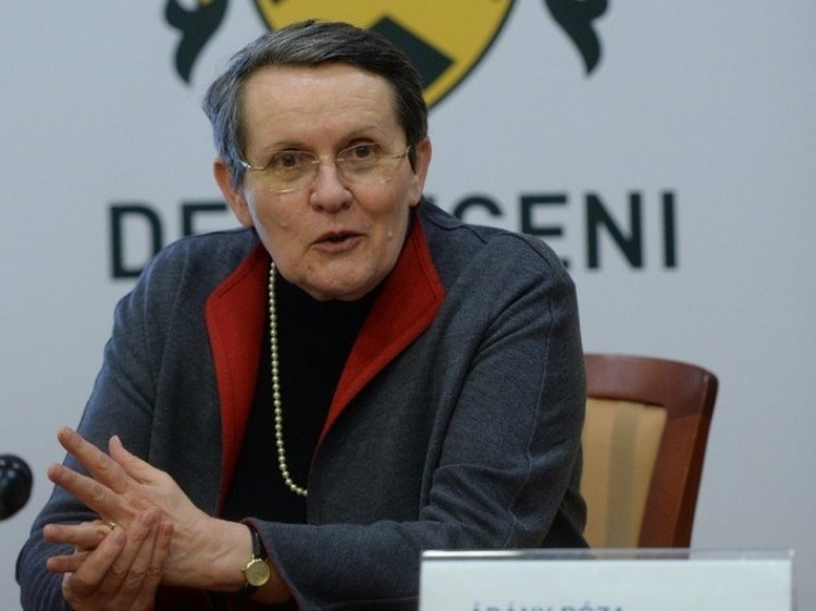Nyugdíjazták Ádány Róza professzort