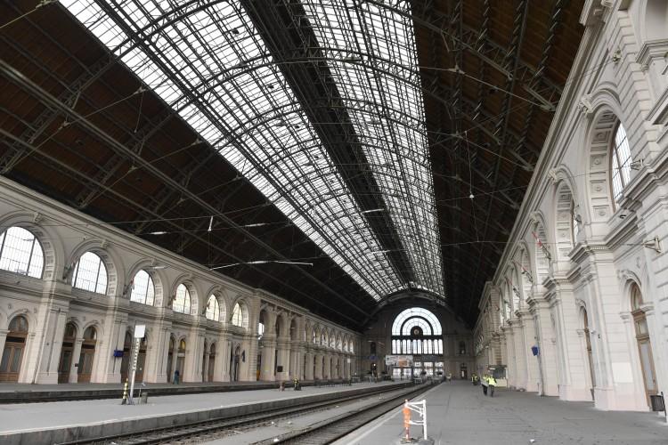 Lezárták a Keleti pályaudvart