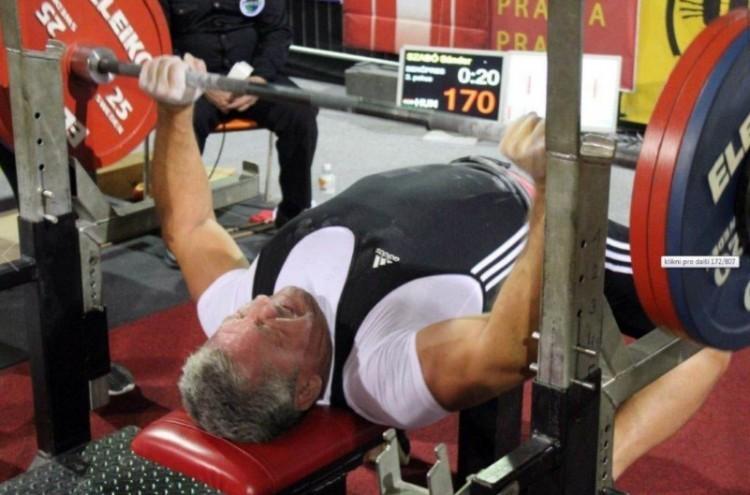 Belegondolni is nehéz, mire képes ez az 56 éves debreceni férfi!