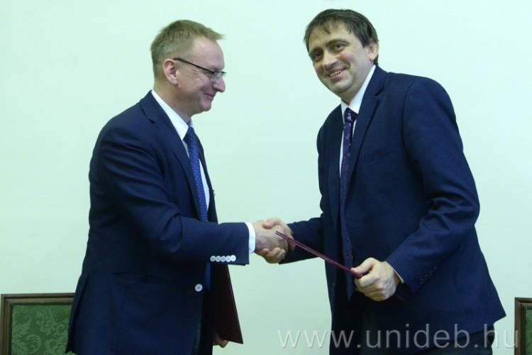 A magyar-lengyel barátság egyetemi szintre lépett