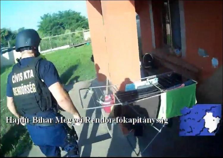 Több kilónyi drogot foglaltak le, dílerek kerülhettek előzetesbe – VIDEÓK