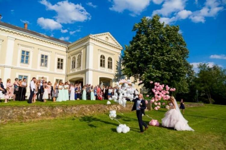 Sok téglásinak elege van az álomesküvőkből